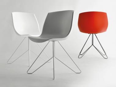 Sedia ergonomica su trespolo in poliuretano e metallo COCOON | Sedia su trespolo