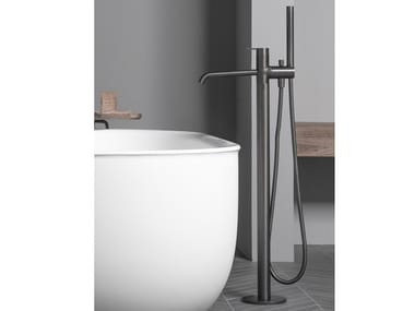Floor standing bathtub tap with hand shower CODE | Bathtub tap with hand shower