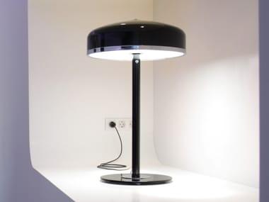 Lampe de table fait main en aluminium et verre COOPER T