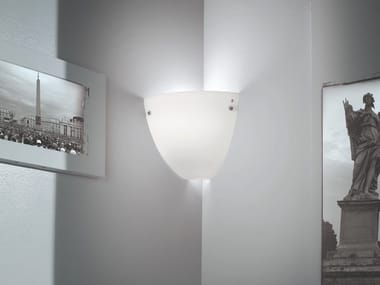 Lámpara de pared de vidrio esmerilado CORNER AP