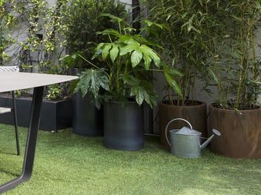 Round galvanized plate planter Round planter