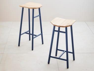 Low solid wood stool DEDO
