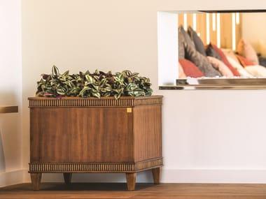Portavaso quadrato in legno impiallacciato con irrigazione automatica DESIDERI | Portavaso quadrato
