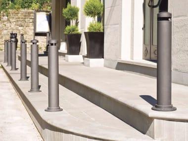 Cast iron bollard post with chains DHALIA | Bollard