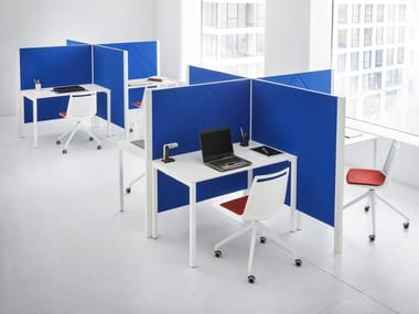 Sound absorbing free standing felt workstation screen DIAMANTE | Workstation screen