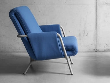 Fabric armchair with armrests DIPLOPIA