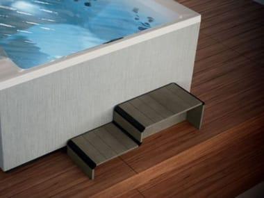 Scaletta per piscina in derivati del legno DIVINA OUTDOOR SPA | Gradini