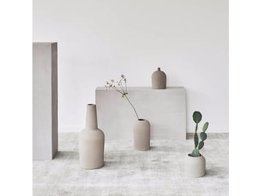 Terracotta vase DOME VASE X-SMALL