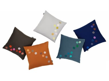 Square fabric cushion DOT PILLOWS