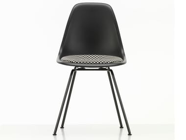 Polypropylene chair with integrated cushion DSX | Chair with integrated cushion