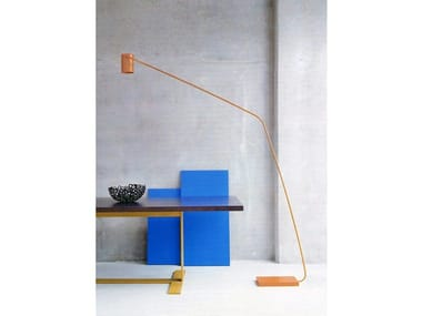 LED powder coated steel floor lamp E.T.