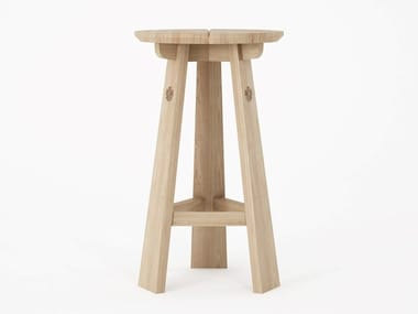 Round solid wood counter stool with footrest EAST | High stool