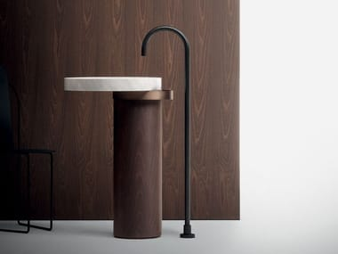Freestanding round washbasin ECCENTRICO | Freestanding washbasin