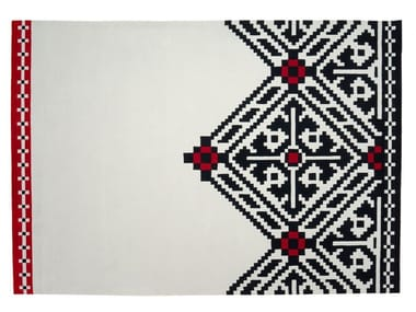 Handmade rectangular wool rug with geometric shapes EDGY