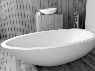 Freestanding oval bathtub ELAINE
