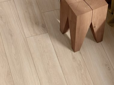 Pavimento/rivestimento in gres porcellanato effetto legno ELISIR AVORIO