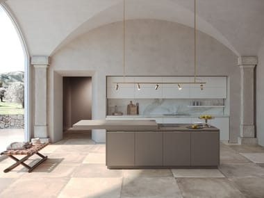 Lacquered kitchen with island with integrated handles ERA