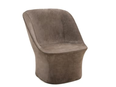 Fabric armchair with base ESSE LOUNGE | Fabric armchair