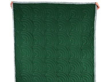 Trapunta con motivi grafici in cotone EVER GREEN QUILT 001