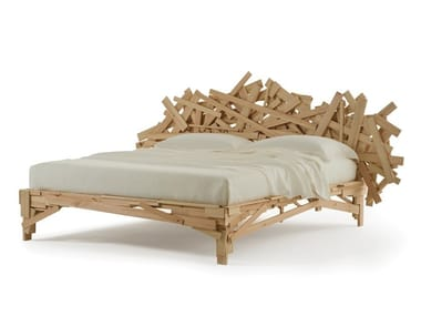 Wooden double bed FAVELA | Bed