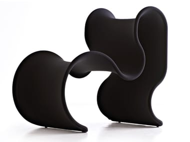 Fabric armchair FIOCCO