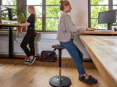 Height-adjustable Rocker office stool FLIP