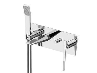 Miscelatore per doccia con doccetta con piastra FLY | Miscelatore per doccia con piastra