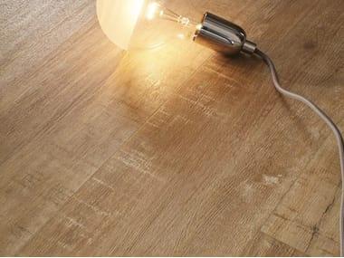 Pavimento/rivestimento in gres porcellanato effetto legno FOREST - ROVERE