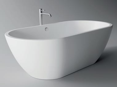 Freestanding ceramic bathtub FORM | Bathtub
