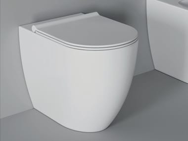 Floor mounted ceramic toilet FORM SQUARE | Floor mounted toilet