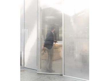 Movable wall / door FOS