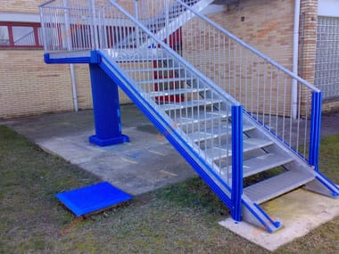 Fire escape staircase padding Fire escape staircase padding