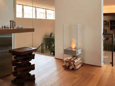 Freestanding bioethanol fireplace GHOST