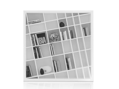 Freestanding lacquered bookcase GIANO K