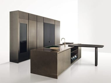 Wooden kitchen with integrated handles GK.01