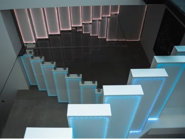 Corian® cantilevered staircase GO UP