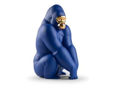 Porcelain decorative object GORILLA - BLUE AND GOLD