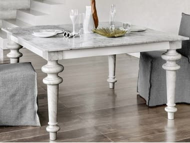 Square dining table GRAY 32