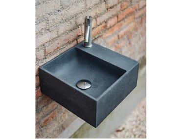 Lavamani sospeso in Cementoskin® HANDWASH OUTDOOR