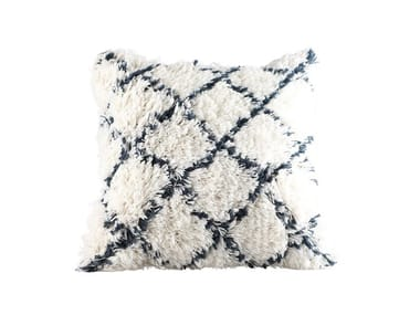 Square wool cushion HANDWOVEN