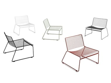 Stackable powder coated steel easy chair HEE | Easy chair
