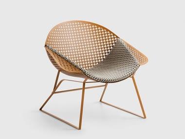 Sled base metal easy chair HEN | Sled base easy chair