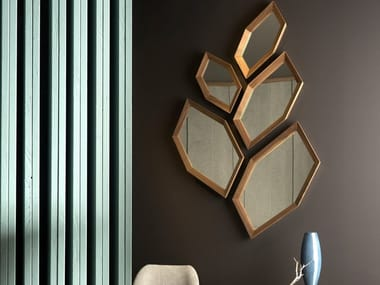 Wall-mounted wood and glass mirror HEXAGON