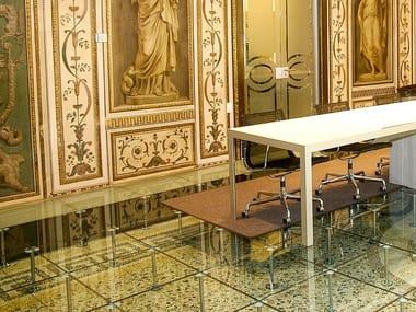 Pavimento sopraelevato in vetro HIGH CLASS | Pavimento in vetro