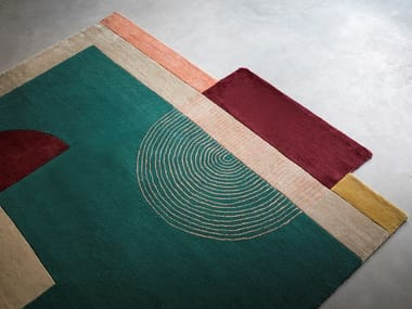 Rug with geometric shapes HIGH CURVES