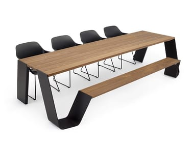 Iroko meeting table / Table for public areas HOPPER COMBO