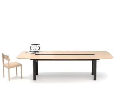 Tavolo da riunione in legno con sistema passacavi IN-TENSIVE UNIT
