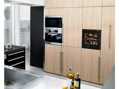 Built-in wine cooler with built-in lights INSPIRATION: XS