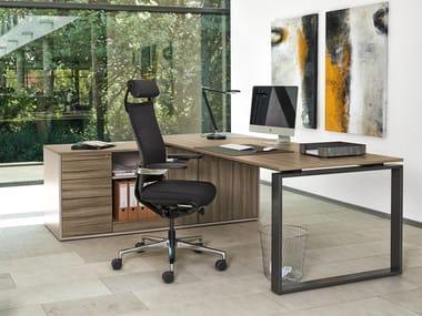 Executive desk with shelves INTERO | Executive desk