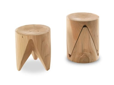 Low stackable solid wood stool J+I ZIG + ZAG